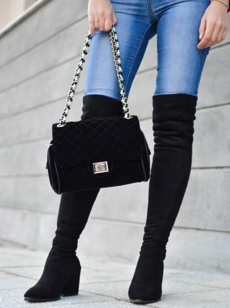Čizme do koljena u crnoj boji